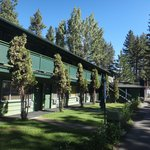 Big Pines Mountain House of Tahoe resmi
