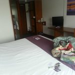 Photo de Premier Inn Leeds City West