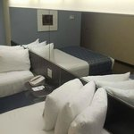 Microtel Inn & Suites by Wyndham Spring Hill/Weeki Wacheeの写真