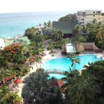 Photo de Sonesta Maho Beach Resort & Casino