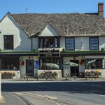 Deddington Arms Hotel의 사진