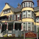 The Wallingford Victorian Bed and Breakfast resmi