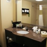 Photo de Hampton Inn Oakland-Hayward