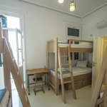 The 6-bed dorm room in City Circus Athens.