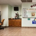Φωτογραφία: Days Inn and Suites Columbus East