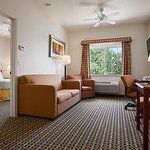Days Inn and Suites Columbus East의 사진