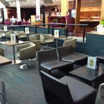 Novotel London Heathrow resmi