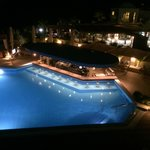 Pool by night - open from 9 - 01.30