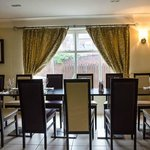 Foto The Lemon Tree Restaurant & Hotel