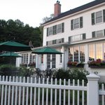 The Lyme Inn resmi