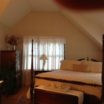 Above the Bay at Thornton Adams Bed and Breakfastの写真