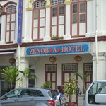 Photo de Hotel Zenobia