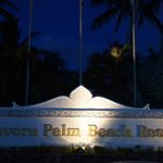 Thavorn Palm Beach Resort resmi