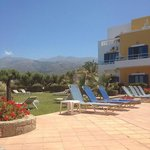 Photo de Pyrgos Beach Hotel