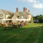 The Trout Inn at Tadpole Bridge resmi
