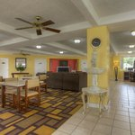 Econo Lodge Byron/Old Macon Rd resmi