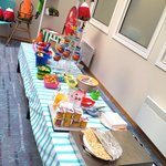 Kids' breakfast table