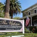 The Upham Hotel & Country House resmi