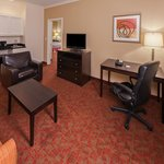 Photo de La Quinta Inn & Suites Columbus