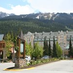 صورة فوتوغرافية لـ ‪Fairmont Chateau Whistler Resort‬