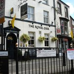 The Royal Oak resmi