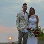beach wedding pic