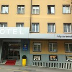 Photo de Comfort Hotel Royal Zurich