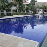 Casa Pilar Beach Resort resmi