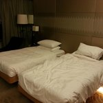 Hyatt Regency Hong Kong Sha Tin r