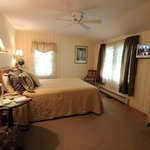 Buttonwood Inn on Mount Surpriseの写真