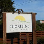 Photo de Shoreline Cottages