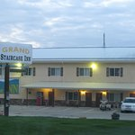 Grand Staircase Inn resmi