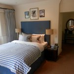 Hare and Hounds Hotel resmi