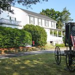 Historic Jacob Hill Inn resmi