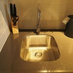 Kitchenette bar sink - Corporate King Suite