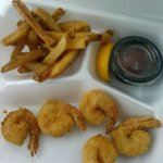 kids shrimp $7 (yes you counted correctly there are only 5 shrimp and a handful of fries)