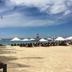 Crimson Resort and Spa, Mactan resmi