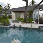 The Seminyak Beach Resort & Spa resmi