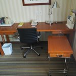 Big work desk - Deluxe King Room