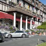 Hotel Du Golf Barriere resmi