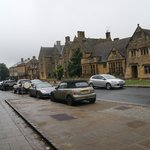 The Lygon Arms resmi