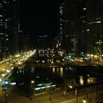 صورة فوتوغرافية لـ ‪Wyndham Grand Chicago Riverfront‬