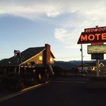Bridgeport Motel July 2014