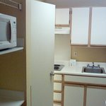 room microwave & kitchenette