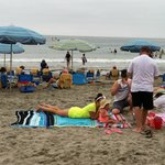 Beach on a drizzly day - crowded
