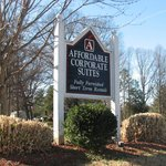 Foto de Affordable Corporate Suites Statesville