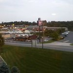 Holiday Inn Express Breezewood resmi