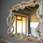 mirror with stylish design