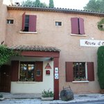 Photo of Hotel Reves d'Ocres
