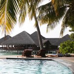 Photo de Medhufushi Island Resort
